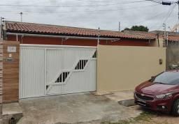 Casa com 4 quartos em excelente localização no Bairro Angelim, Zona sul, Teresina - Pi