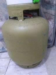 P13 com líquido