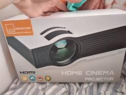 Vendo  um projetor led (home cinema)