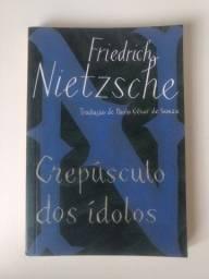 Livro Crepúsculo dos Ídolos por Friedrich Nietzsche perfeito