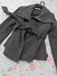 Casaco de lã cinza