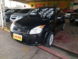 Ford/ Fiesta Sedan 1.6 flex 4pts, preto, completíssimo