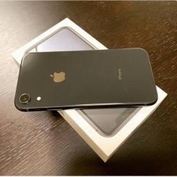 iPhone Xr Black na caixa