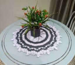 Caminho de mesa de crochê novo