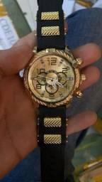 Relógio Dourado Casual