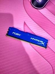 Memória HyperX DDR3 - 4GB