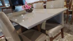 Título do anúncio: Mesa menor de madeira e acabamento laka