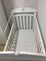 Berço de bebê novo