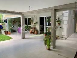 Sobrado com 4 suítes Tamboré 7 - 230 m²