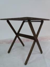 Mesa dobrável para churrasco de madeira maciça