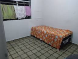 Aluguel de quarto para solteiro(a)