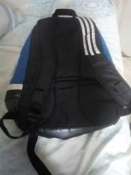Vendo barato mochila Adidas