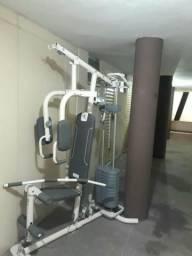 Estação de ginástica, musculação
