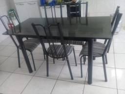 OFERTA IMBATÍVEL Mesa de jantar seis cadeiras