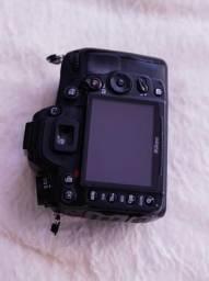 """Nikon D7000 """"Corpo"""""""