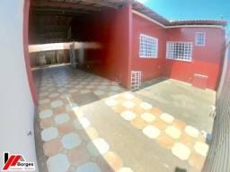 Casa Com 03 Quartos Próximo A Avenida Pedro Neiva De Santana