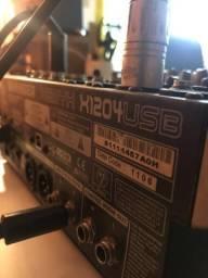 Mesa de som Behringer X1204 USB (para peças)