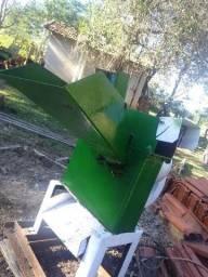Picadeira e desintegrador de grãos Nogueira DPM 4