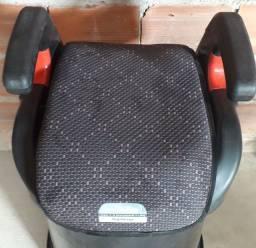 Assento veicular para criança