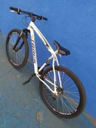 Bike track barateza