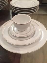 Jogo de janta porcelana com filetes dourado semi