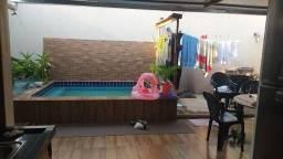 Casa com 2 dormitórios à venda, 144 m² por R$ 190.000,00 - Parque Industrial Joao Bras - G