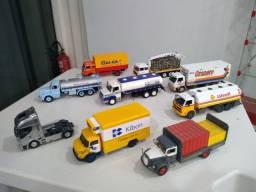 Miniatura caminhão 1:43