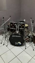 Vendo bateria Michael classics