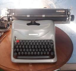 Maquina escrever Lexikon 80