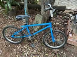 Bicicleta antiga Caloi Cross