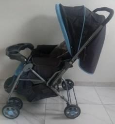 Carrinho e bebê comforto Cosco