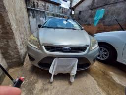 Forda Focus 2.0 - 2009 (R$23.000)