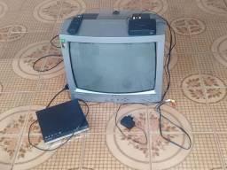 Vendo tv de tubo, dvd, conversor e antena