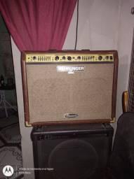 Cubo para violão e voz Behringer