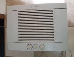 Ar condicionado Electrolux 10.000BTU Usado funcionando 100%