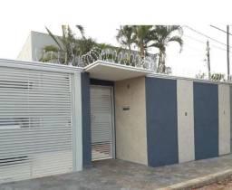 Casa Térrea Coophatrabalho, 2 quartos + 01 Edícula com uma suíte