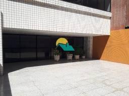 120 m² | Meireles | 2 quadra da Av Beira Mar | 3 suítes | 2 vagas paralelas