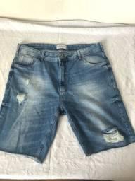 Bermuda Jeans Corte Reto.