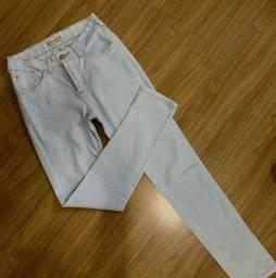 Desapego > Calça jeans 36 ajustada veste 34