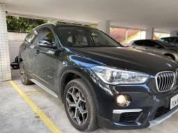 BMW X1 2016 SDrive20i X-LINE (Teto Panorâmico e Rodas XLine aro18)