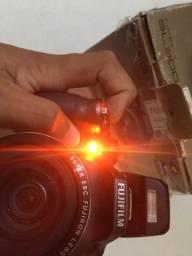 Câmera Semi Profissional (Zoom 30x)