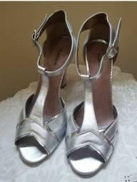 Sandália prata salto 11cm