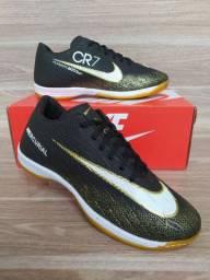 Tênis Nike Futsal Black-Gold