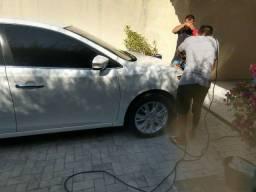Polimento em carro (polimento automotivo)