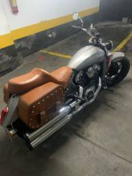 Moto Indian Scout