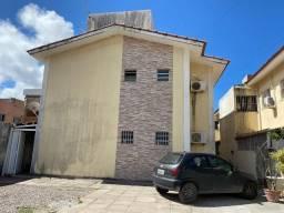 Apartamento com 3 Quartos, sendo 1 suíte em Pau Amarelo