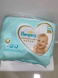 Fraldas Pampers Premium Care M (R$ 0,79 cada)