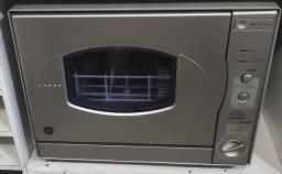 Máquina de lavar louça GE- semi nova *
