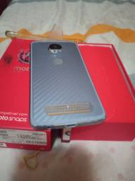 Motorola Z 2 Play usado