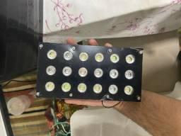 Vendo Luminária feita com ótimo acabamento 54 watts com fonte